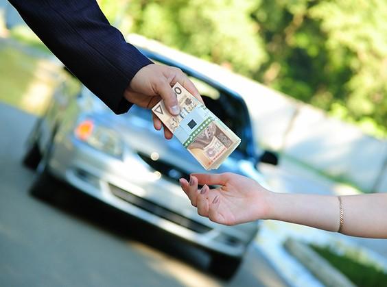 pieniadze na auto