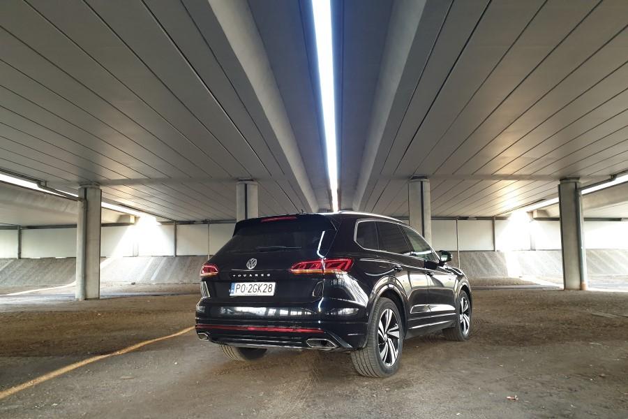 2 - Volkswagen Touareg - premium z Wolfsburga
