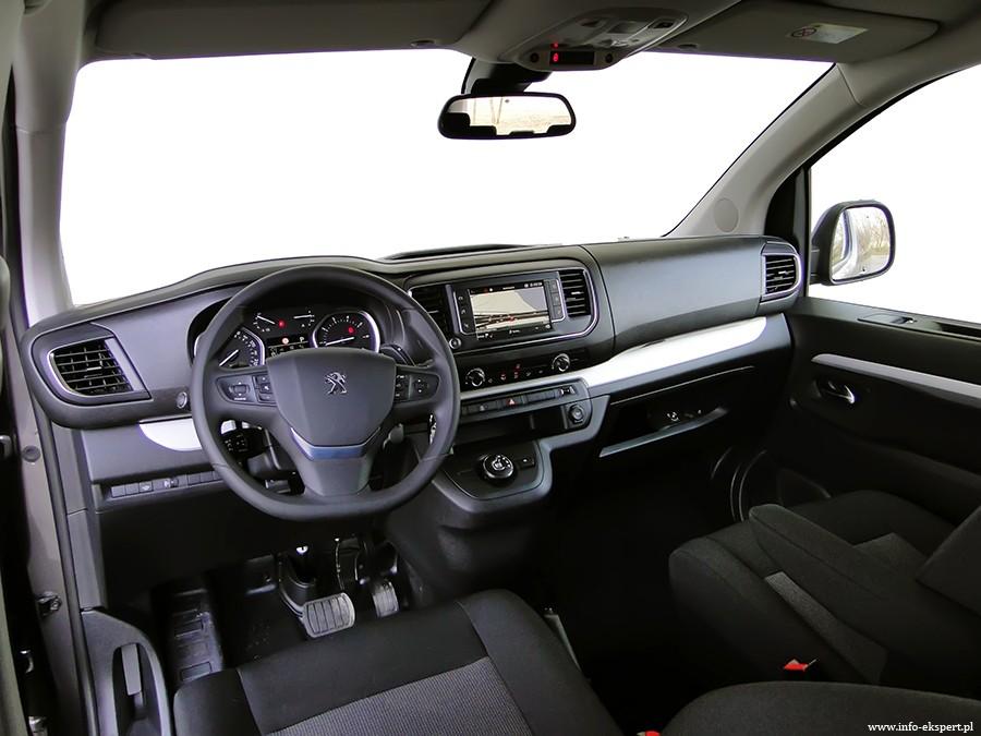 4 2 - Test Peugeot Traveller Business Long 2.0 BlueHDi