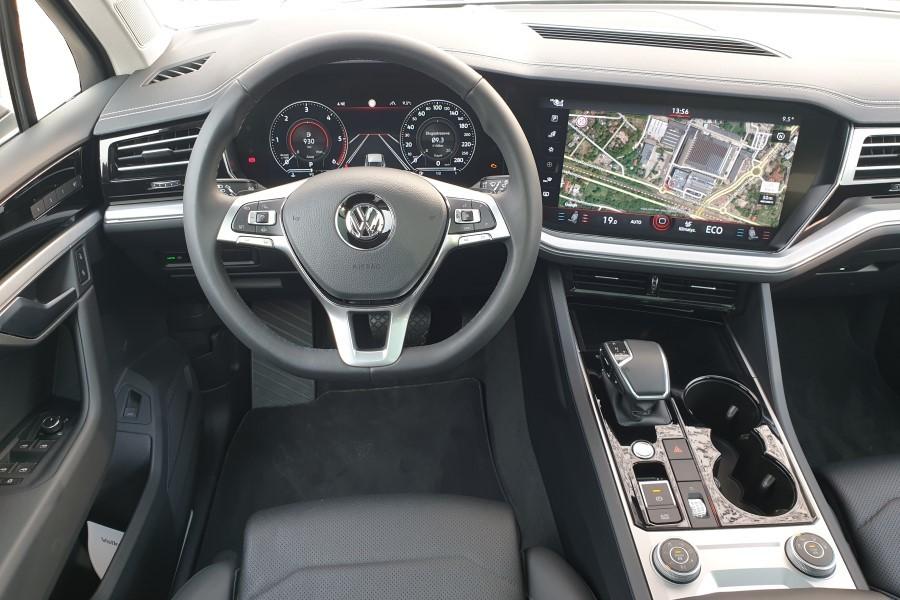 8 - Volkswagen Touareg - premium z Wolfsburga