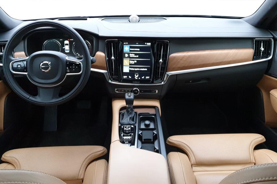 3 - Volvo S90 T6 AWD – premium na przekór wszystkim