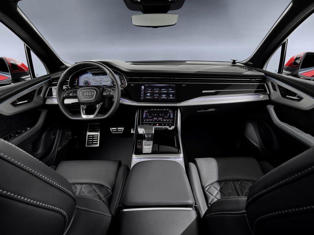 AQ7 kokpit 2019 - Nowa wersja Audi Q7