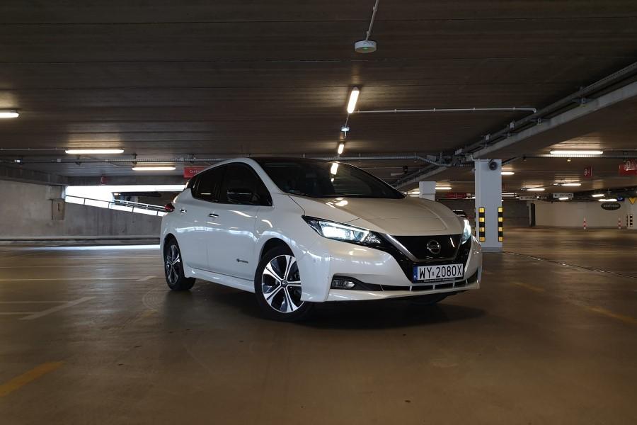5 - Nissan LEAF II – energicznie napędzana sprzedaż