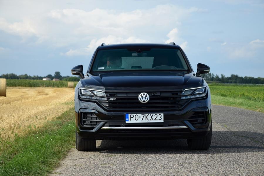 28 1 - Test Volkswagen Touareg 3.0 V6 TDI R Line Black
