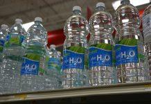 woda w butelce